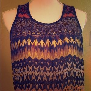 Vince Camuto Size M Sleeveless Top